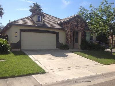 Sacramento Single Family Home For Sale: 5705 Overleaf Way