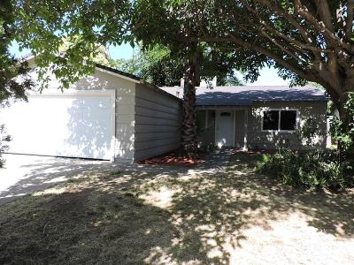 Rio Linda Single Family Home For Sale: 7043 Silver Knoll Street