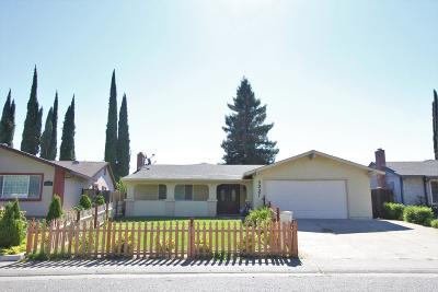 Sacramento Single Family Home For Sale: 3337 Glenmoor Drive