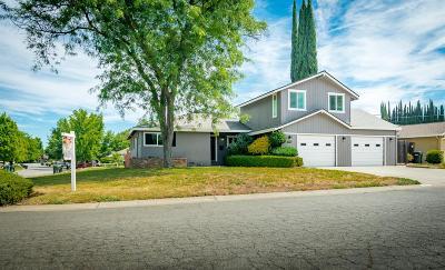 Sacramento Single Family Home For Sale: 4401 Clytie Way