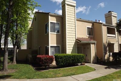 Stockton Condo For Sale: 1661 Pyrenees Avenue #65