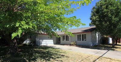 Single Family Home For Sale: 4437 Stockbridge Avenue