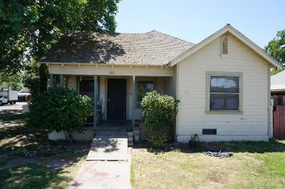 Modesto Single Family Home For Sale: 415 E Street