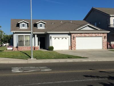 Livingston Single Family Home For Sale: 1073 Briarwood Drive