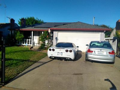 Sacramento Single Family Home For Sale: 5407 78 Th Street
