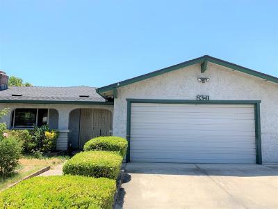 Sacramento Single Family Home For Sale: 8341 Southfields Circle