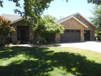 Galt Single Family Home For Sale: 13627 Cherokee Lane