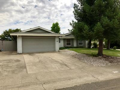 Fair Oaks Single Family Home Contingent: 6851 Oaklawn Way