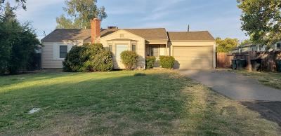 Sacramento Single Family Home For Sale: 2970 Wright Street