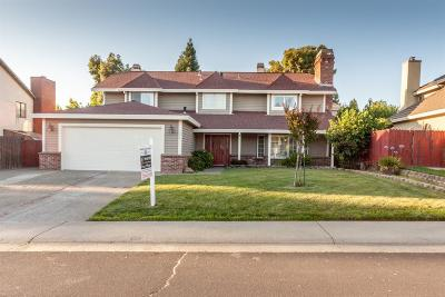 Folsom Single Family Home For Sale: 104 Dunstable Way