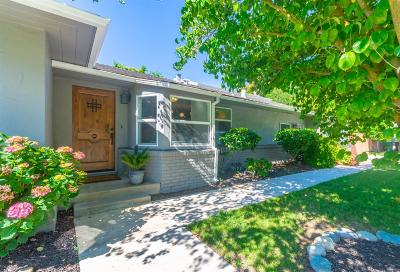 Sacramento Single Family Home For Sale: 1070 Sagamore Way