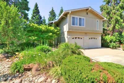 Sacramento Single Family Home For Sale: 5601 Zoram Court