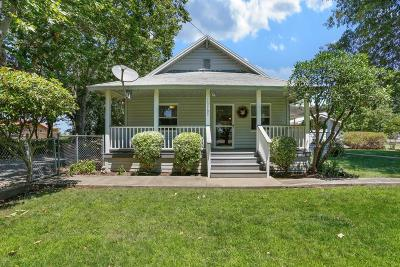 Thornton Single Family Home For Sale: 10785 West Walnut Grove Road