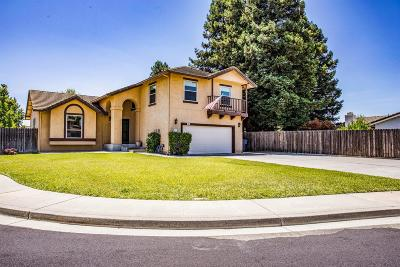 Vacaville Single Family Home For Sale: 907 Stonewood