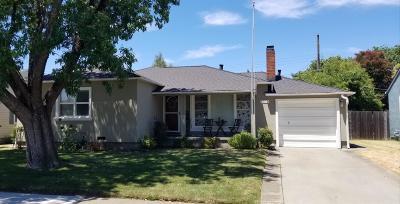 Sacramento Single Family Home For Sale: 5510 Michael Way