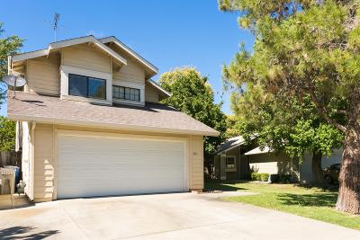 Sacramento Single Family Home For Sale: 3356 Zenobia Way