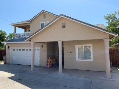 Sacramento Single Family Home For Sale: 1330 Nogales St.
