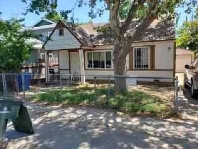 Sacramento Single Family Home For Sale: 4033 32nd Street