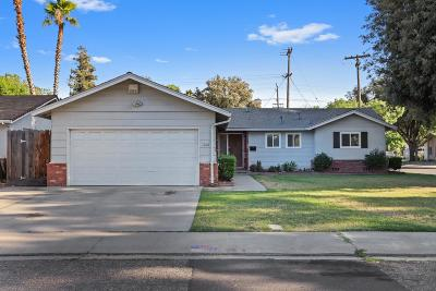 Modesto CA Single Family Home For Sale: $329,900