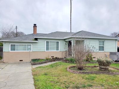 Sacramento Single Family Home For Sale: 5556 35th Avenue