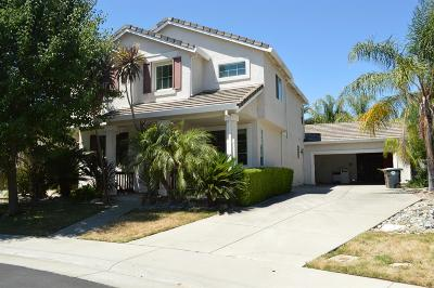Elk Grove CA Single Family Home For Sale: $424,900