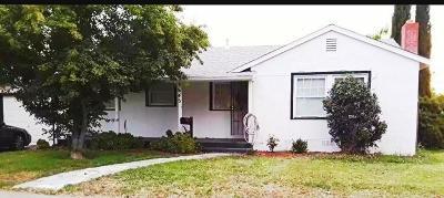 Sacramento Single Family Home For Sale: 3645 Kern