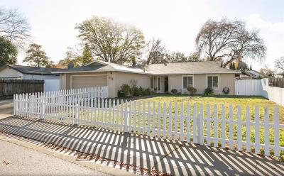 Stockton Single Family Home For Sale: 936 Royal Oaks
