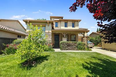 Sacramento CA Single Family Home For Sale: $498,500
