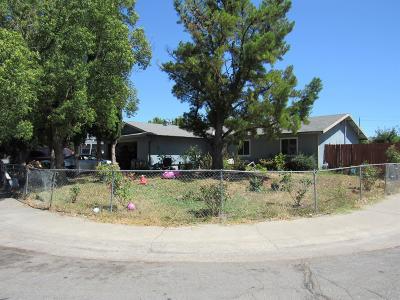 Sacramento Single Family Home For Sale: 7893 Cedar Springs Way
