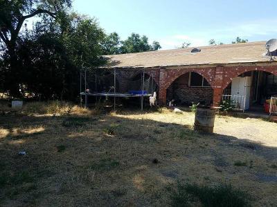 Stockton Single Family Home For Sale: 1761 West Scotts Avenue