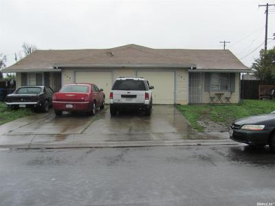 Sacramento County Multi Family Home For Sale: 398 Lindley Drive
