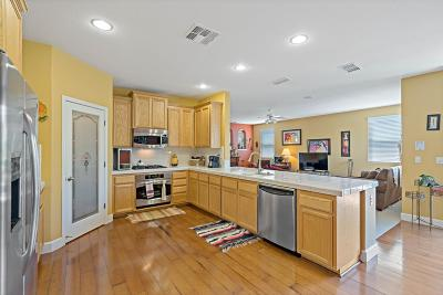 Rancho Cordova Single Family Home For Sale: 10975 Thorley Way