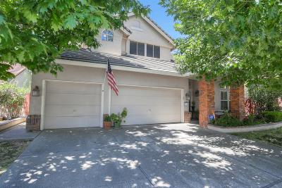 Sacramento Single Family Home For Sale: 8164 Finmere Way
