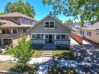 Single Family Home For Sale: 1117 33rd Street