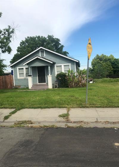 Sacramento Single Family Home For Sale: 3604 Branch Street