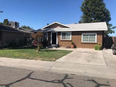 Hughson Single Family Home For Sale: 2705 6th Street