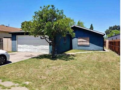 Stockton Single Family Home For Sale: 2329 East Sonora Street
