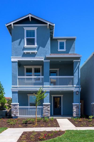 West Sacramento Single Family Home For Sale: 4027 Prosser Street