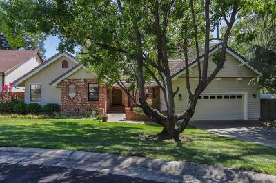 Folsom Single Family Home For Sale: 130 Moss Rock Court