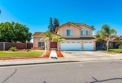 Oakdale Single Family Home For Sale: 2143 Pontiac Street
