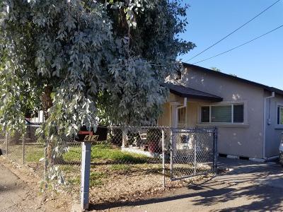 Single Family Home For Sale: 414 North Oro Avenue