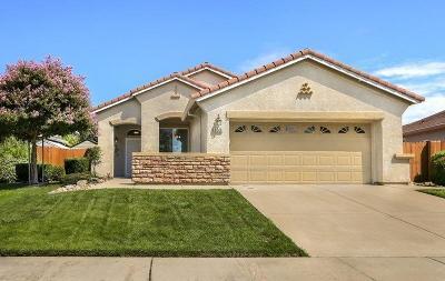 Rancho Cordova Single Family Home Pending Sale: 3240 Balada Way