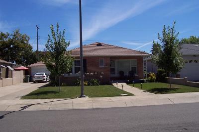Lodi Single Family Home For Sale: 616 Alicante Drive