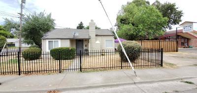Rio Linda Multi Family Home For Sale: 6804 6th Avenue