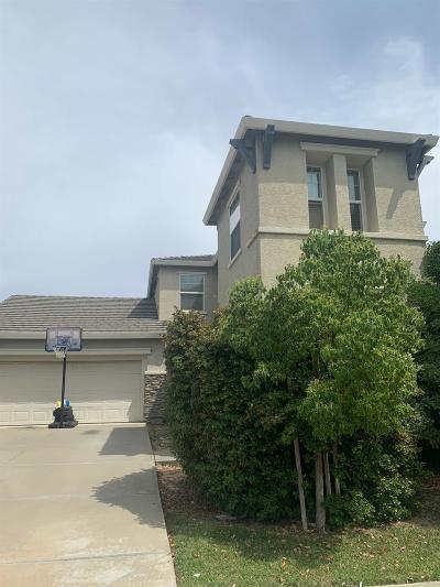 Single Family Home For Sale: 5700 La Venta Way