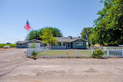 Fresno County Single Family Home For Sale: 43675 Miller Avenue