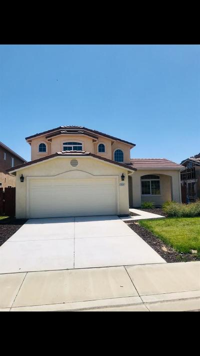 San Joaquin County, Stanislaus County Single Family Home For Sale: 3112 Walnut Lane