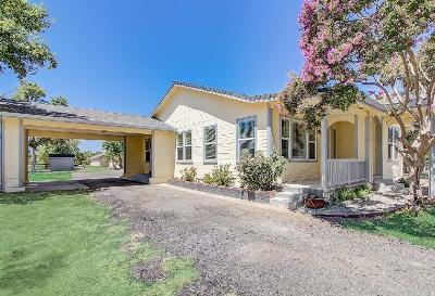 Rio Linda Multi Family Home For Sale: 7023 West 4th Street
