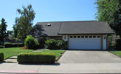 Stockton Single Family Home For Sale: 2335 Lido Circle