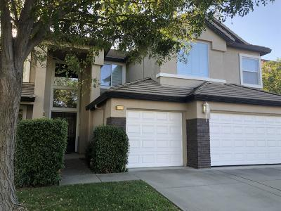 Sacramento Single Family Home For Sale: 8267 Lupine Field Court